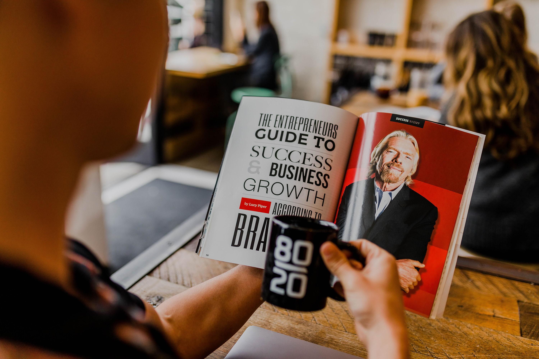 Книги о работе с клиентами: 15 лучших изданий для менеджеров и маркетологов